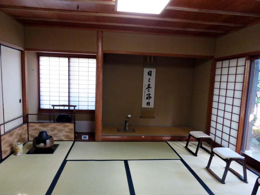館山で茶道体験 掛け軸